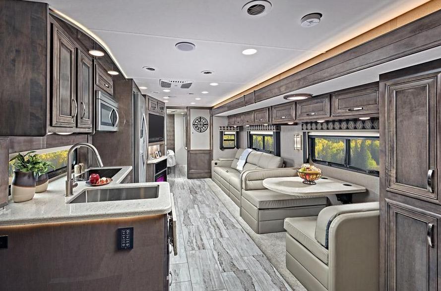 Luxury Class C
